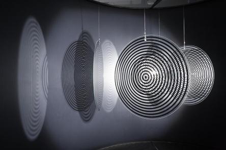 2004_UncertainMuseum1